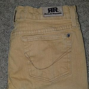 Women's Rock and Republic Mustard Yellow Jeans